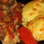 Peste cu ciuperci si sos de rosii la cuptor
